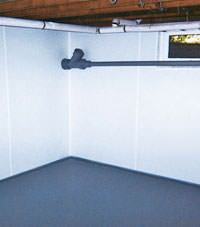 Plastic basement wall panels installed in a Saint-Jean-sur-Richelieu, Quebec home